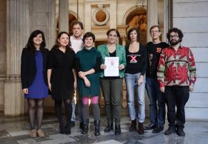 Una delegación del Free Culture Forum, organizado por Xnet, es recibida por la alcaldesa de Barcelona Ada Colau