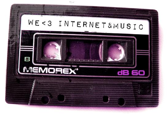 (Es) We <3 Internet & Music